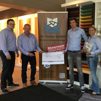 W. Hirdes GmbH spendet 1000 Euro für MEBO hilft